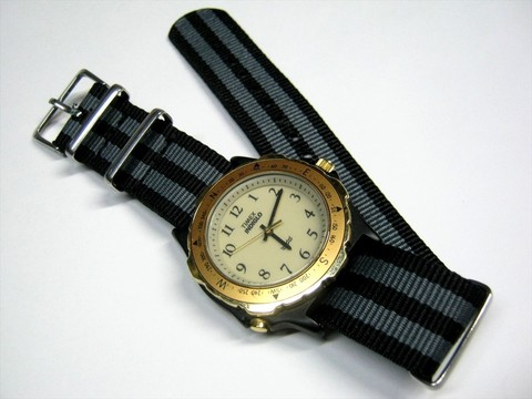 2016-11-21_Analogue_Watch_094.JPG