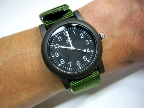2016-11-21_Analogue_Watch_046.JPG